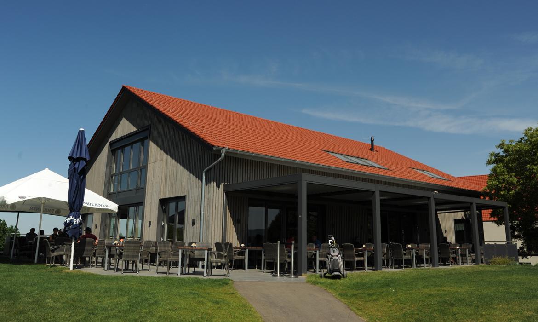 Hölz_Architekt_Projekte_Fertiggestellt_Golfclub_Kressbach_Bild03