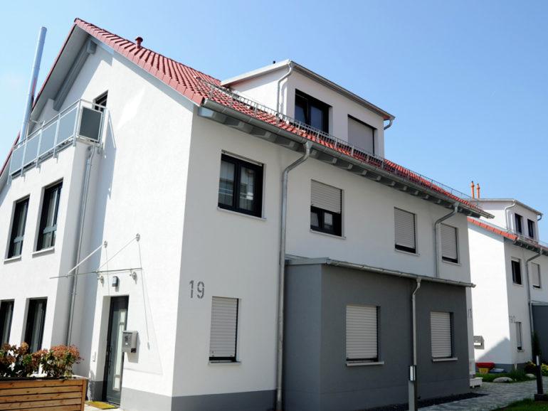 Mehrfamilienwohnungen und 2 Doppelhäuser, Pfullingen